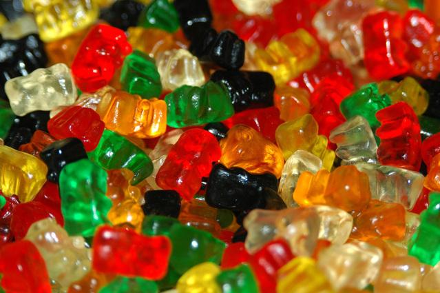 candy-bears-1184882-639x424