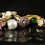 Rengøring af smykker, rengøring af sølv, rengøring af diamanter, rengøring af perler mm.