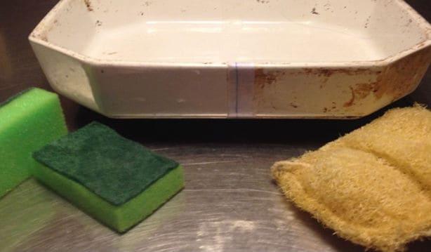 Test-af-skuresvampe-Resultat-af-ovnfaste-fad-og-plastiksvamp-og-fibresvamp