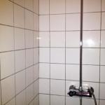 Rengøring af fliser og klinker i brusekabine, badeværelse og resten af hjemmet
